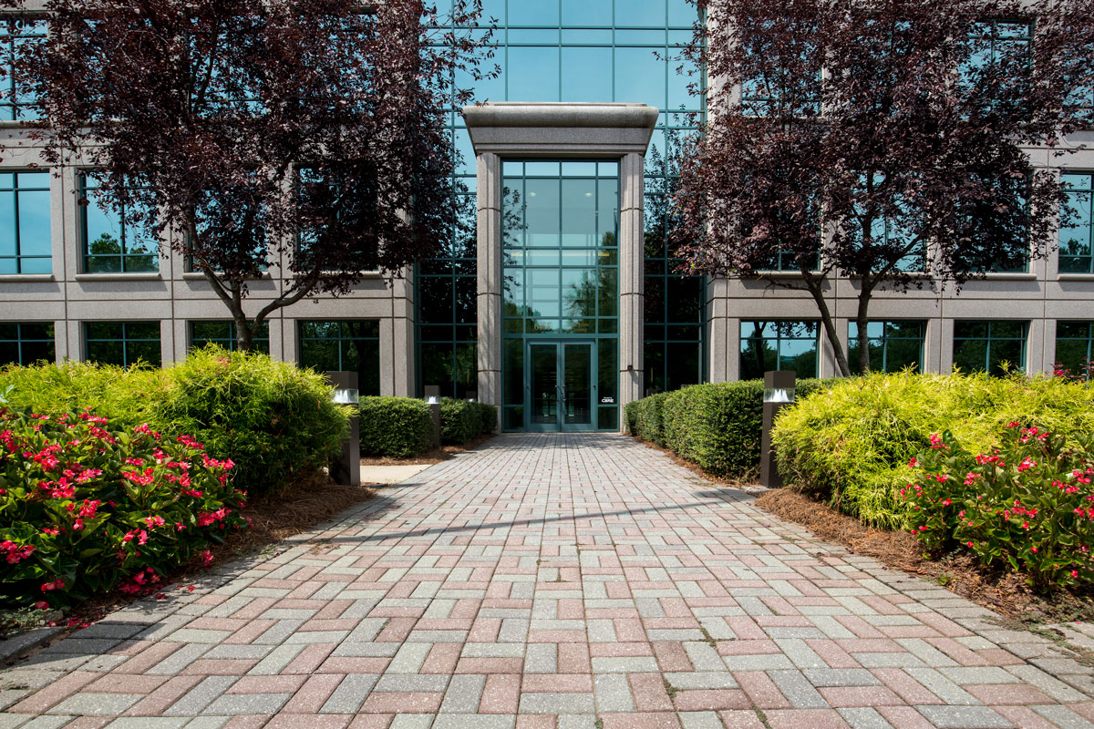 Glenfield Capital Finishes 2015 Strong with 27,000 sf of Leasing Activity in Johns Creek